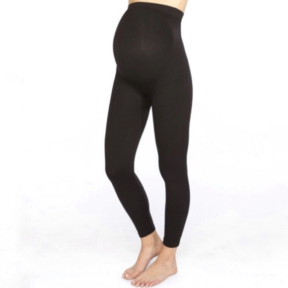 da81c5a039ca4 SPANX Mama Look At Me Now Leggings. Size M. M_5cc4af78248f7a46821b02f8